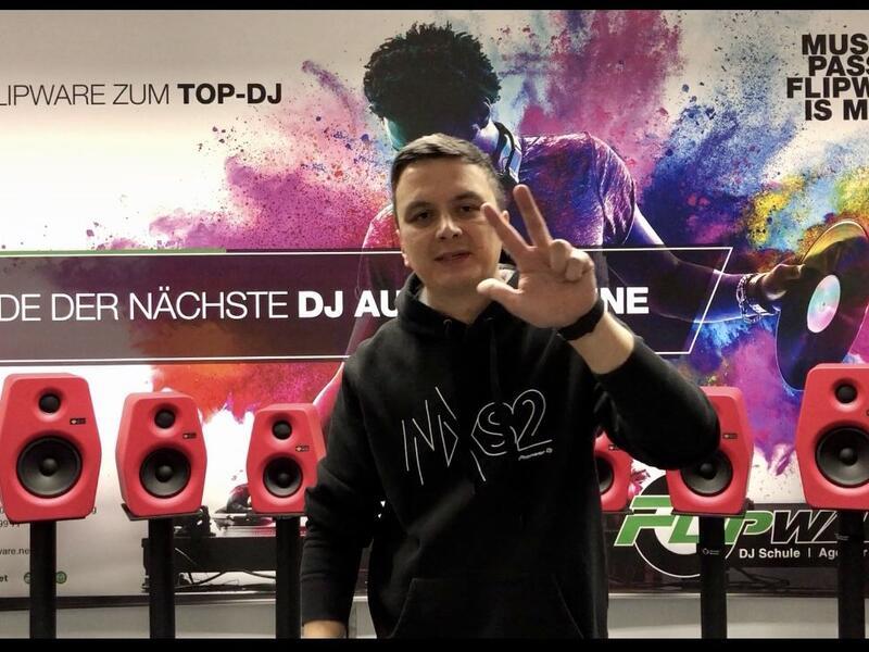 Flipware.net - Warum Pioneer DJ in der DJ-Schule ?