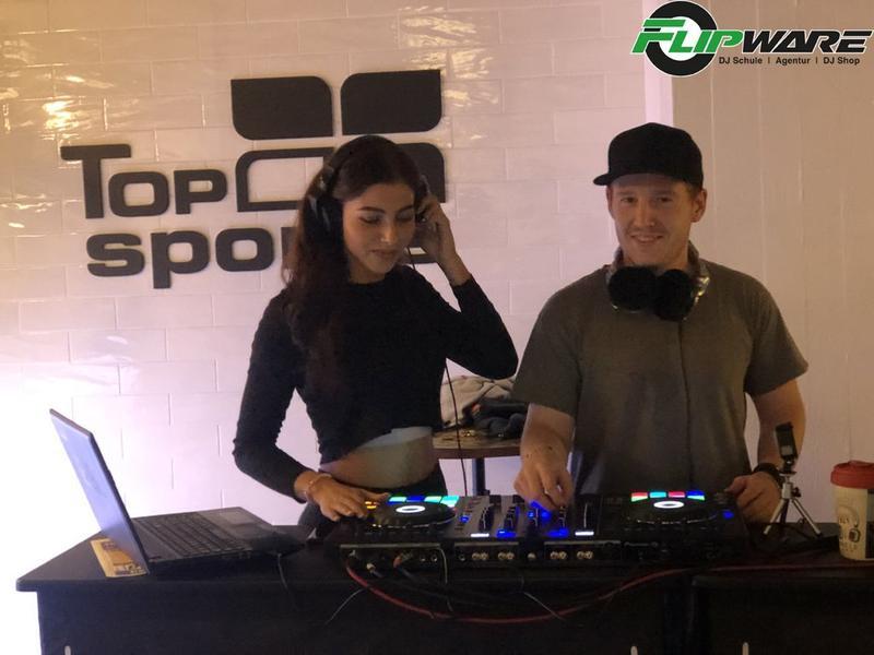 Naomi Baisch und DJ Dessic im Top Sports Fitness Club Kornwestheim