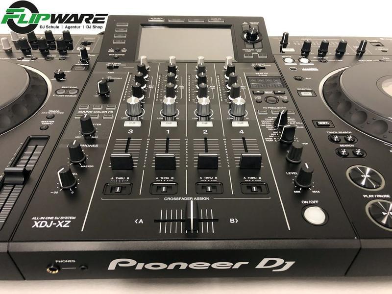 Pioneer XDJ-XZ